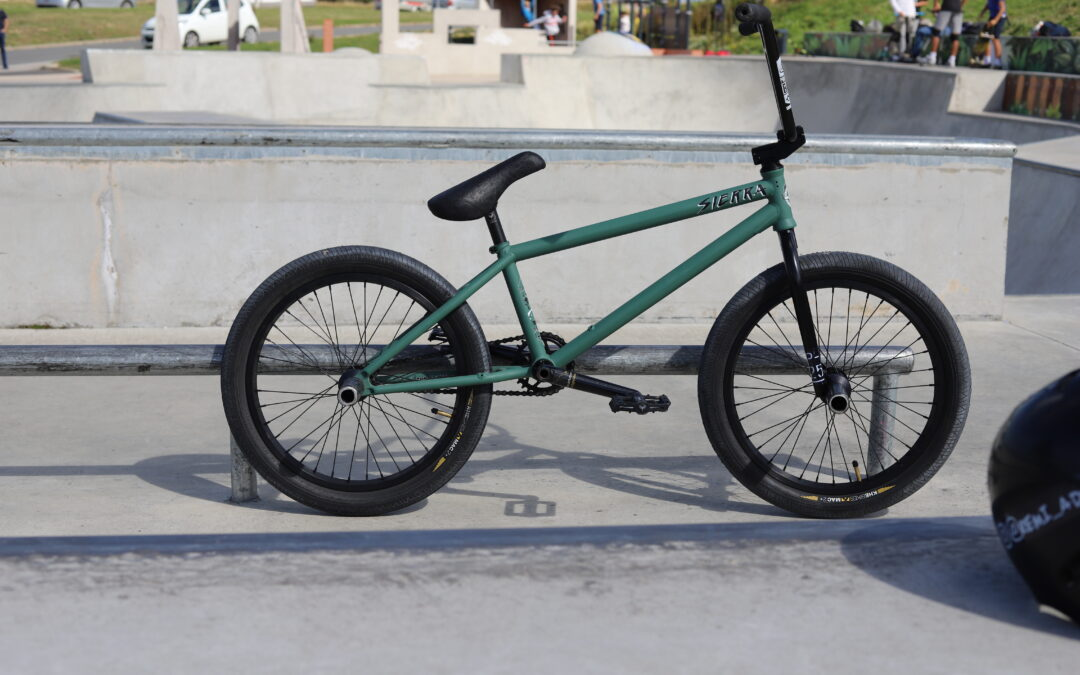 Bike Check Rémi Adrix / Flybikes x Foundation