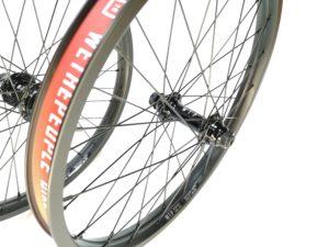 Paire de roues Custom WETHEPEOPLE Arrow K7 SDS - Logic