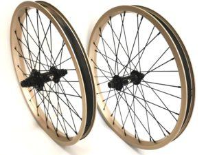 Paire de roues Custom TREBOL x FLYBIKES - K7 Black / Titanium