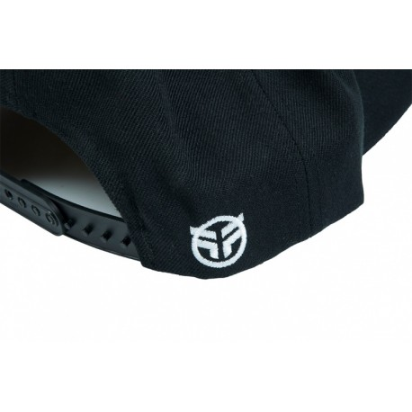 casquette-federal-embroidered-logo-snapback (1)