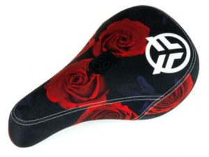 selle-federal-mid-pivotal-logo-roses